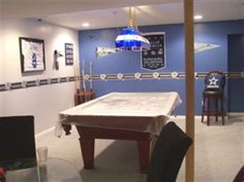 Dallas Cowboys Room Paint Ideas by Dallas Cowboy Basement Basement Bedroom Designs