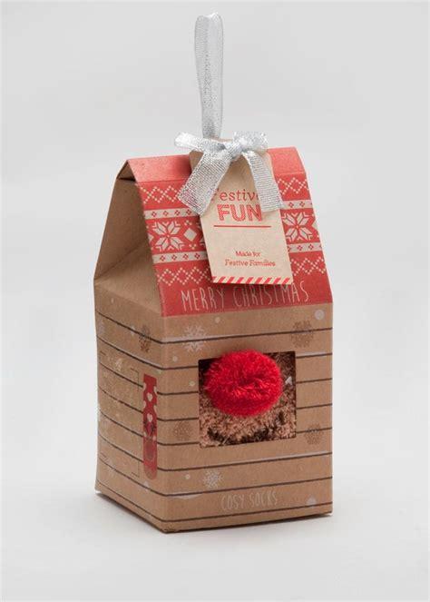 christmas slipper socks   box packaging  design