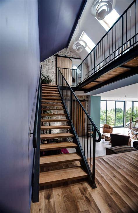 Designs D'escalier Suspendu  Le Look Du Loft Moderne