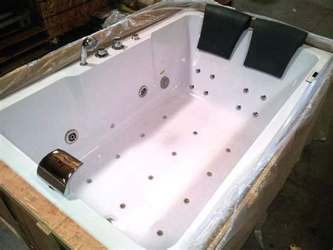 2 person soaker tub 2 person indoor whirlpool jetted tub spa hydrotherapy