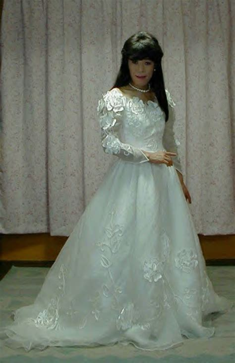beautiful japanese bridal crossdresser
