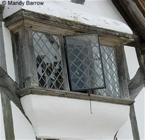 tudor windows characteristics of tudor windows