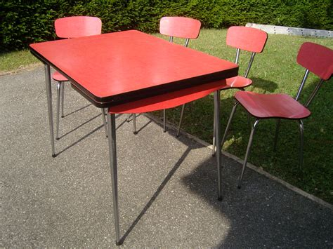 chaises formica table formica et ses 4 chaises