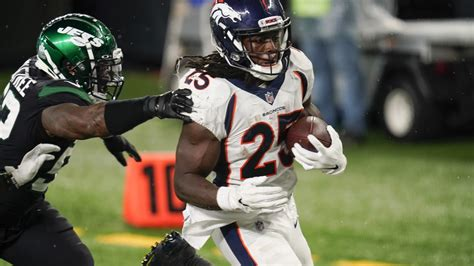 Broncos aim to snap two-game slide vs. slumping Panthers