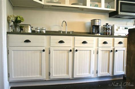 country beadboard kitchen cabinets 1000 ideas about wallpaper cabinets on bead