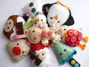 small handmade felt christmas decoration by paper and string notonthehighstreet com