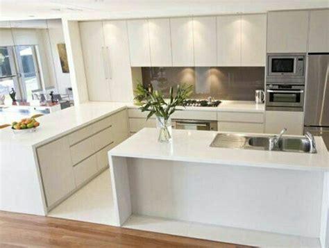 cuisine blanche laquee 53 variantes pour les cuisines blanches tuile cuisine
