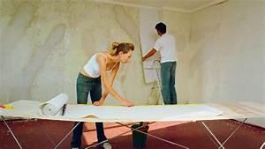 Auf Latexfarbe Tapezieren : grundierung w nde vorbereiten f r das tapezieren ~ Frokenaadalensverden.com Haus und Dekorationen