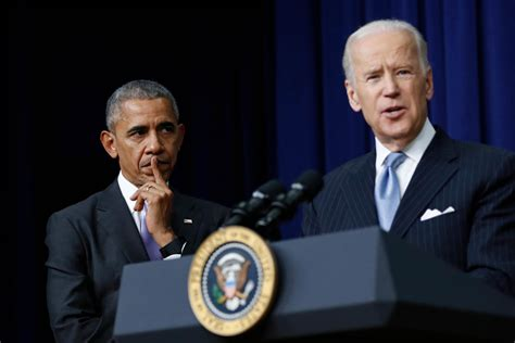 barack obama reportedly undercuts bidens  white house run