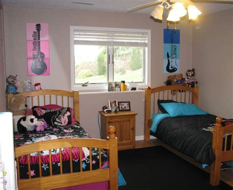 bedroom ideas for 9 year boy rock n roll guitar bedroom for my 7 year old twins boy girl room kid s room pinterest