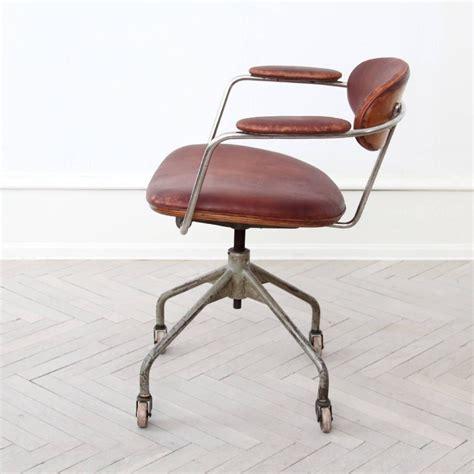 hans  wegner extremely rare swivel chair  sale  stdibs
