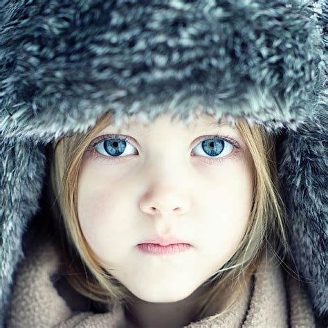 top   beautiful portraits  blue eyed people top