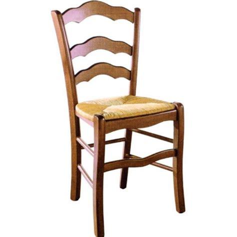 chaise en bois et paille nonna