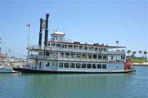 Romantic Dinner Boat Cruise Chicago by Grand Romance Riverboat Begins Offering Daytime Cruises