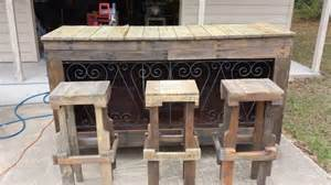 Wooden Patio Bar Ideas by Recycled Pallet Wood Bar Ideas Pallet Wood Projects