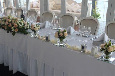bridal table  wedding flowers