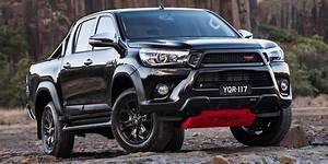 Toyota Hilux 2017 : 2017 toyota hilux trd arrives from 58 990 photos 1 of 9 ~ Medecine-chirurgie-esthetiques.com Avis de Voitures