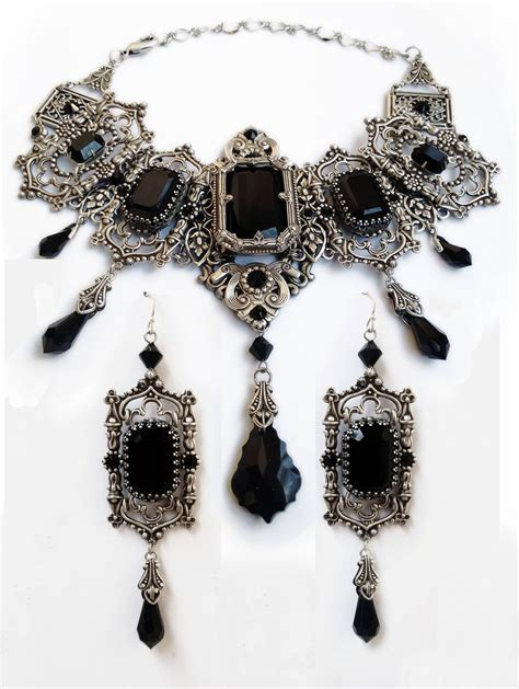 688 best Aranwen's Gothic Jewelry images on Pinterest