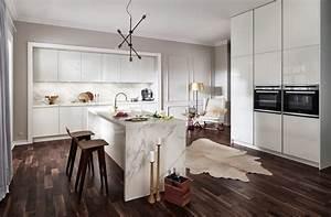 Küchen Weiß Hochglanz : 2030 gl wei hochglanz lack h cker k chen h cker k chen ~ Markanthonyermac.com Haus und Dekorationen