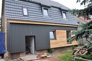 Holz Und Blech : leicht und extrem robust profilbleche f r dach und wand ~ Frokenaadalensverden.com Haus und Dekorationen