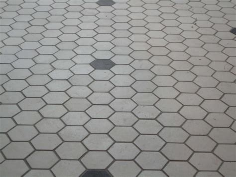 hex tile floor corner of 9th and paradise hex floor grouted subway tile