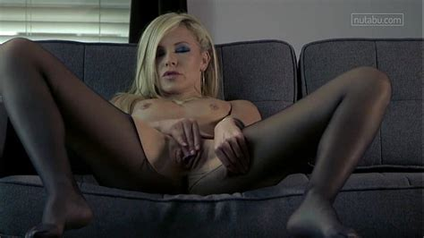 Sensual Tease Comes With Intense Orgasm XVIDEOS