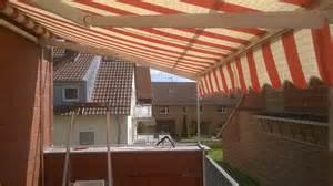 balkon sonnenschutz ohne bohren freistehendes katzennetz für balkon ohne bohren katzennetze nrw