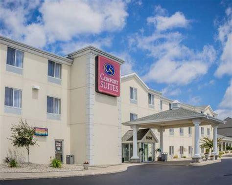 comfort inn motel comfort suites escanaba escanaba michigan hotel