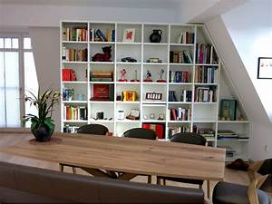 Wohnzimmer Mit Schräge : regal mit schr ge als raumtrenner von homify ~ Orissabook.com Haus und Dekorationen