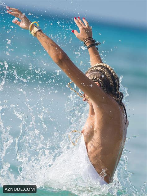 Lady Victoria Hervey Nipple Slip On The Beach In Barbados