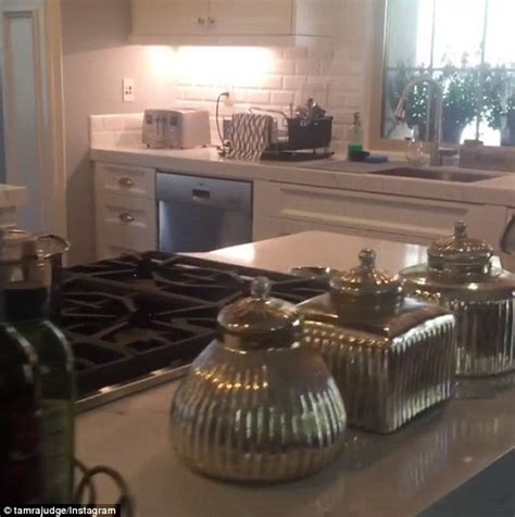 Kitchen Sink With Backsplash Rhoc 39 S Tamra Judge Keeps Up With Her Squad As She Shows Off Kitchen Renovation Daily Mail Online