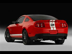 Car Pictures: Ford Shelby GT500 convertible 2011
