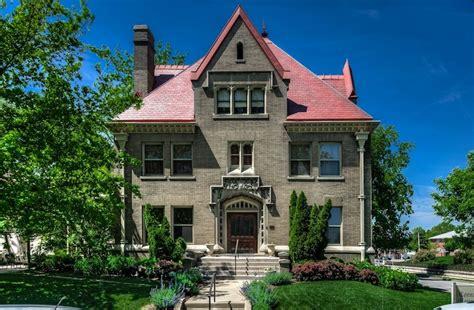 cornerstone mansion omahas premier bed  breakfast