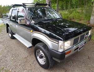 No Reserve  1990 Nissan D21 Crew Cab Diesel 4x4 For Sale