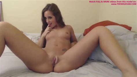 Super Hot Teen Masturbating