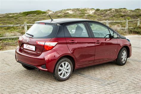 Review Toyota Yaris by Toyota Yaris 1 5 Pulse 2017 Review Cars Co Za
