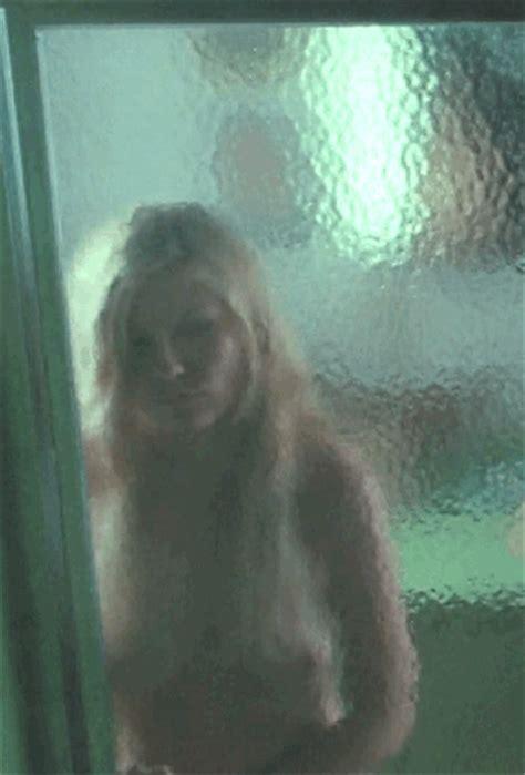 Kirsten Dunst 'all Good Things 2010