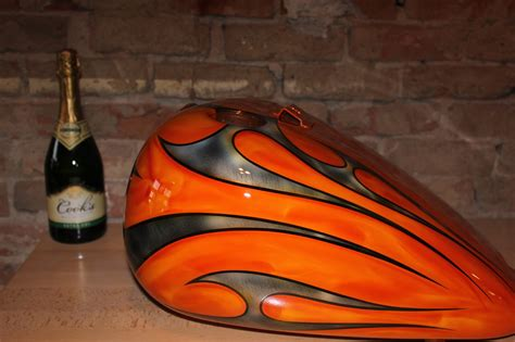 Online Motorcycle Paint Shop: Orange with silver tribal