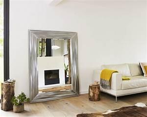 Spiegel Im Wohnzimmer : emejing spiegel im wohnzimmer images ~ Michelbontemps.com Haus und Dekorationen