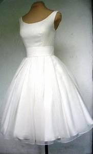Robe Retro Année 50 : robe annee 50 americaine ~ Nature-et-papiers.com Idées de Décoration