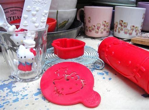 Cute Hello Kitty Themed Kitchen Design [PHOTOS]
