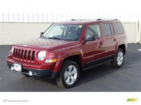 2011 Jeep Patriot Latitude X 4x4 Exterior Photos