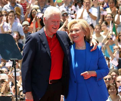hillary and bill clinton paid 43 million in federal taxes