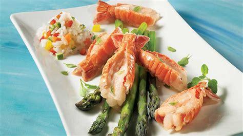 cuisiner langoustine langoustines sur nid d asperges recettes iga fruits de mer vinaigrette recette facile