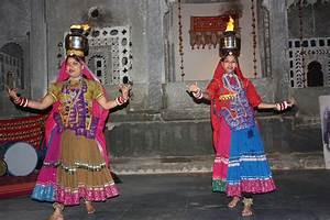 Epic Poetry Chari Dance Wikipedia