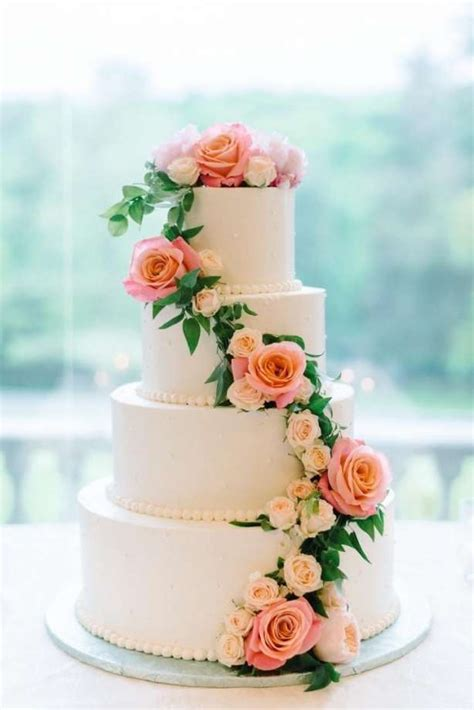wedding cake wedding cake is an 39 artistic expression 39 that baker may