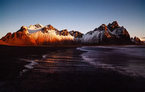 wallpaper sea light mountains iceland vestrahorn