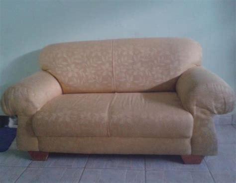 sofa usado de dois lugares sofa branco de dois lugares em bom estado usado ofertas