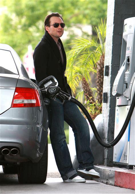 celebrities pumping gas