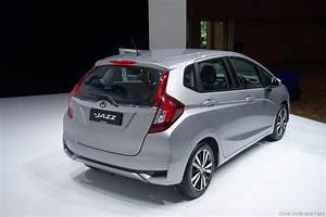 Honda Jazz Hybride 2017 : new honda jazz petrol and hybrid launched in malaysia drive safe and fast ~ Gottalentnigeria.com Avis de Voitures